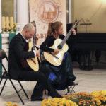 <u>Kupiński Guitar Duo: </u><br>Ewa Jabłczyńska<br>gitara<br><br><br>Dariusz Kupiński<br>gitara