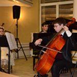 <u>Ukraińskie Trio Młodieżowe</u><br>Vasileva Warwara - skrzypce<br>Sosko Gleb - wiolonczela<br>Ilja Owczarenko - fortepian