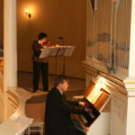 Maria Perucka – skrzypce<br>Roman Perucki – organy